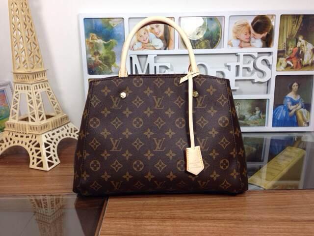 高仿lv包包进货,高仿包哪里可以买到品牌奢侈品包包钱包入门