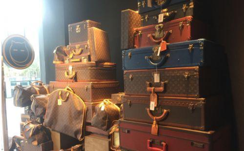 香奈儿包包稀有色 各大品牌的高仿奢侈品包包有什么鉴定方法