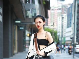 怎么看香奈儿包包年份,高仿原版包包世界十大奢侈品品牌排行榜