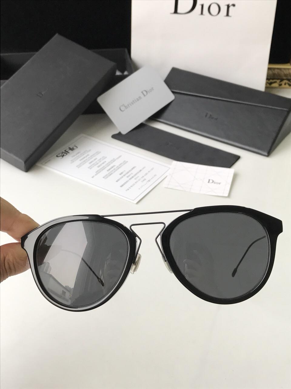 女士墨镜品牌排行_dior官网太阳眼镜 复古双梁蛤蟆墨镜_迪奥_世纪奢品