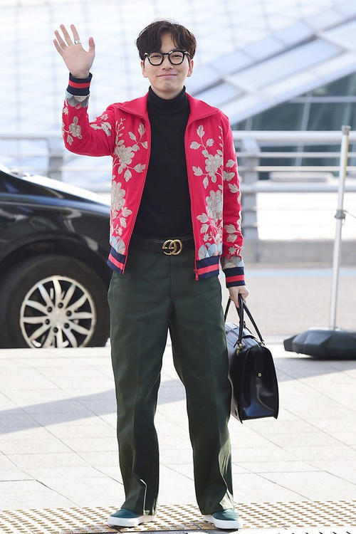 供应品牌好的高仿男士包包,广州买高仿包攻略男士奢侈品包包