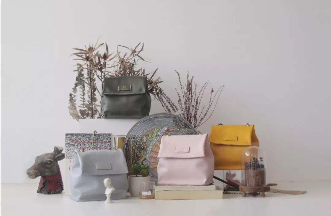 想买chanel 流浪包1比1高仿包各大品牌经典款式